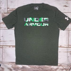 Men's adult small Under Armour Loose Fit T-shirt